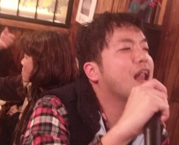 つよし、歌う!!